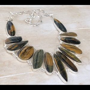 NEW! Tiger Eye Necklace